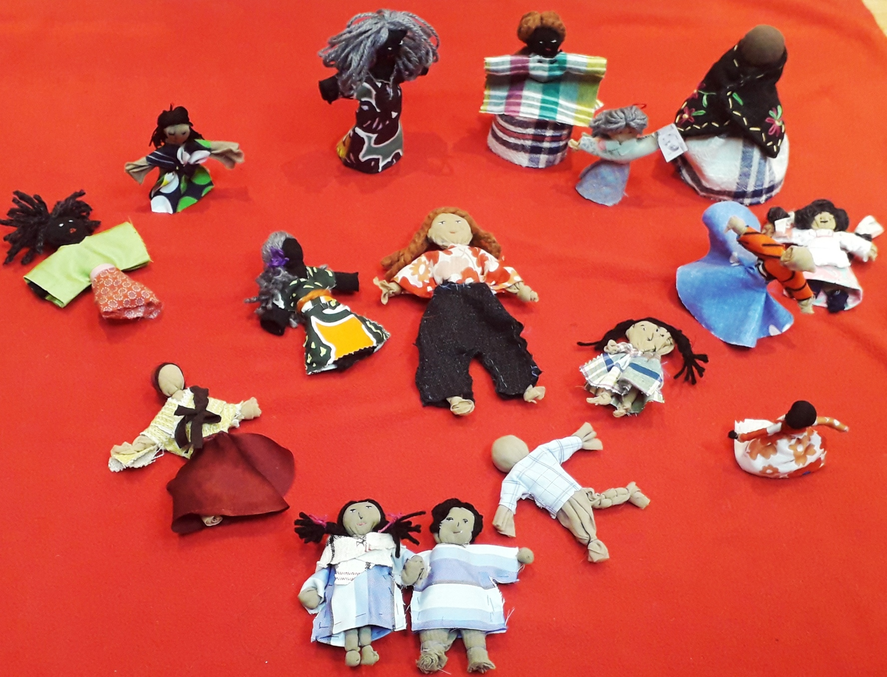 Arpillera dolls made by participants during the workshop facilitated by Roberta Bacic. (Photo: Jimena Pardo)